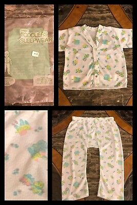 1970s New Vintage Toddler 2 Piece Pajama Set Short Sleeve & Pants Snaps Sz 3T
