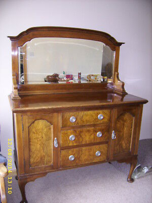 Sideboard with bevelled mirror