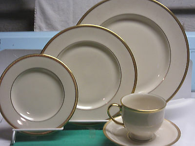 Lenox Tuxedo fine china from Presidential Collection  4-5 piece settings boxed