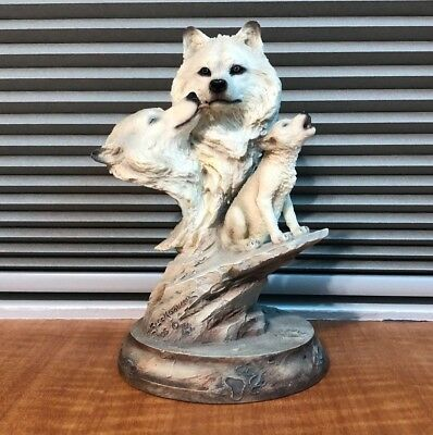 Wolf Family Wolves Figurine Statue