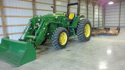 farm tractor 2015 John Deere 6105D 4WD with loader 90 hours mint condition MFWD