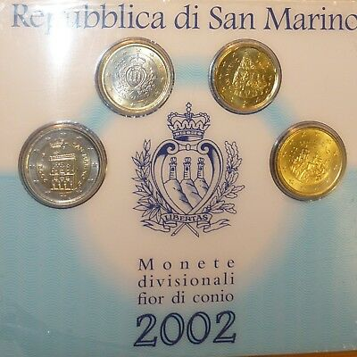 Tres Beau Set De4 Pieces De San Marin 2002