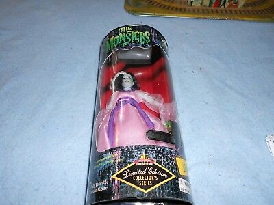 The Munsters Doll Figure Lily Munster Yvonne DeCarlo Limited Edition. Brand New