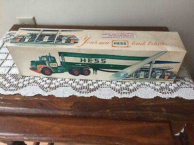 OLD Hess Truck in box