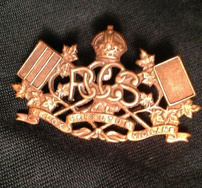 WWII ROYAL CANADIAN CORPS of SIGNALS brass collar dog badge RCCS Canada WW2