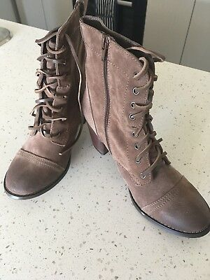 Jo Mercer boots size 42 (11) - never worn in excellent condition