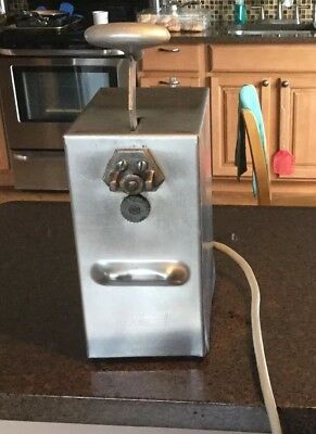 Edlund Eletric Can Opener Model 203