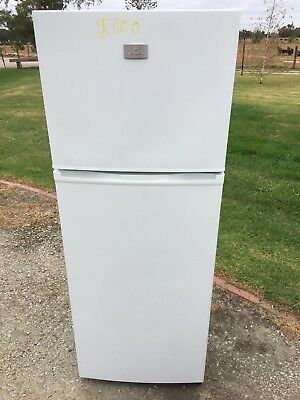 fridge kelvinator KTM 3000