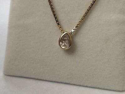 Genuine 9ct 375 Yellow Gold Pear Shaped Sparkling CZ Hallmarked Ex cond