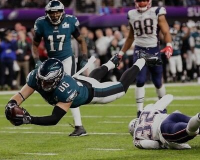 Zach Ertz 8X10 Photo Philadelphia Eagles Football Picture Nfl Vs Patriots