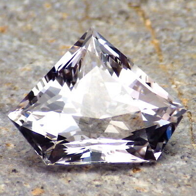 DANBURITE-MEXICO 10.20Ct FLAWLESS-PRECISELY FACETED-FOR HIGH-END JEWELRY!