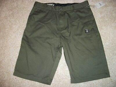 VOLCOM STONE New NWT Mens Casual Chino Walk Shorts Green MIL 31 32 34 38 40