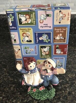 """Enesco Raggedy Ann & Andy """"Smiles & Happiness Are Truly Catching"""" Figurine w/Box"""