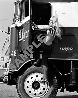 "Hee Haw Misty Rowe Pinup Girl Model 1970's Semi Truck Big Rig 8""x10"" Photo 58"