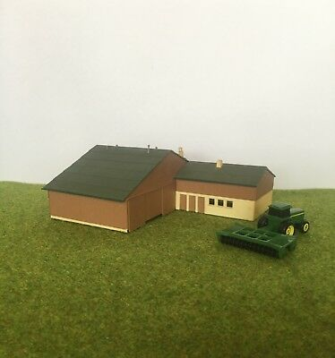 N SCALE Large Farm Shed