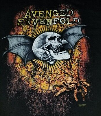 Avenged sevenfold t shirt Large for men 28x22