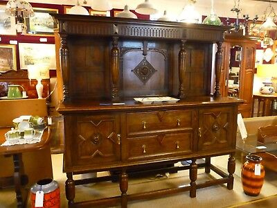 Antique Victorian Oak Sideboard Buffet Dresser Cupboard 1837-1901