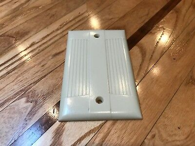 Vintage Eagle Ul Ivory Ribbed Single Gang Blank Plate Cover Tuxedo Art Deco