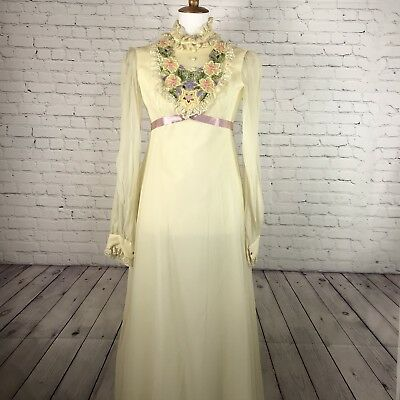 Vintage 60-70's Dress Long Gown Ivory With Embroidered Floral Design Boho