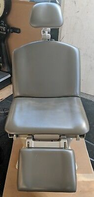 Brewer Assist 7000 Exam Procedure Table Chair w/ Foot Pedal Fully Working