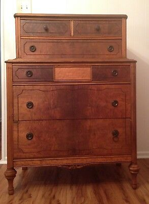 Federal Chest Of Drawers 1800'S Mahogany Veneer over Pine Inlay