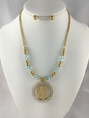 woman necklace with stainless steel medal Gold / Crys Fashion Jewelry