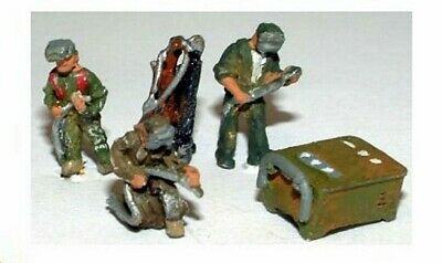 Welding Figures x 3 + Accessorie PAINTED ***N SCALE Model Trains or Diorama A91p