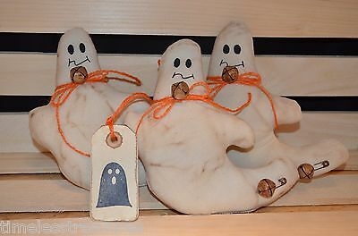 3 Primitive GHOSTS  HALLOWEEN Ornies Fillers Tucks Doll Shelf Sitter Make Do's