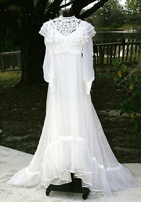Size 0-2 Vintage Ivory Victorian Wedding Dress and Veil 80's Boho Gown