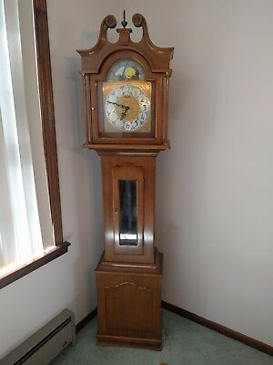 "DANEKER, ""the PRESIDENT"" Moon phase grandfather clock Mint condition!!"