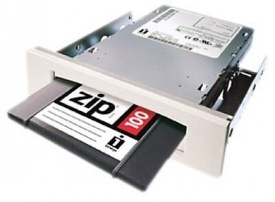 Iomega 10670 Zip 100 MB Internal ATAPI Drive. Free Shipping