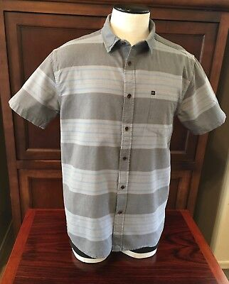 Quiksilver Men's  Casual Gray Stripe Button Shirt Modern Fit- Size Large NICE!