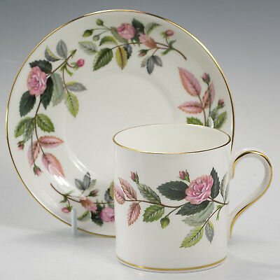"""Wedgwood HATHAWAY ROSE Large COFFEE CAN / Cup & Saucer R4317 Firsts h. 2 5/8"""""""