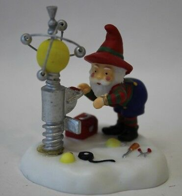 Dept 56 #56.56836 Sparky The Plant Manager North Pole Series Xmas Village Mint