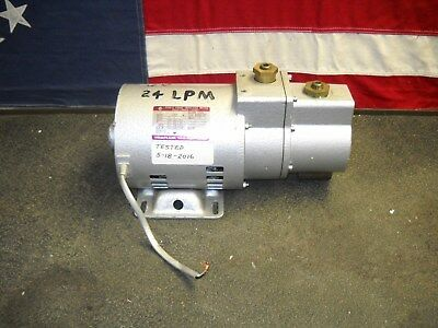 24 LPM Rotary Vane 2 Stage Vacuum Pump Hitachi G-20D Tested Works
