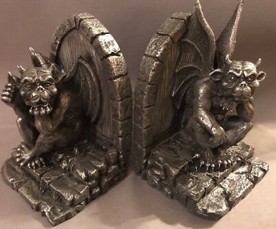 GARGOYLE BOOKENDS COLLECTIBLE FIGURINE FANTASY  MYTHICAL  MID-EVIL Gothic