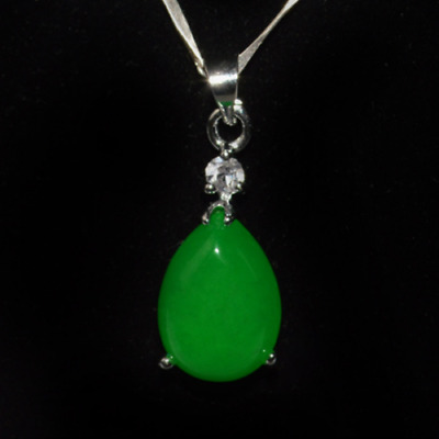 Hot china handcarved green jade Water drop shape Pendant necklace