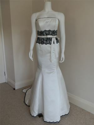 Designer Wedding Dress Ivory And Black Fishtail Gown Size 12 RRP £999 New