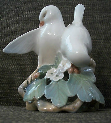 Vintage Royal Copenhagen Porcelain Lovebirds #402