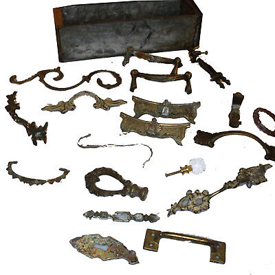 d23 Lot of Assorted Antique Brass Hardware Pieces Drawer Pulls Handles & Box