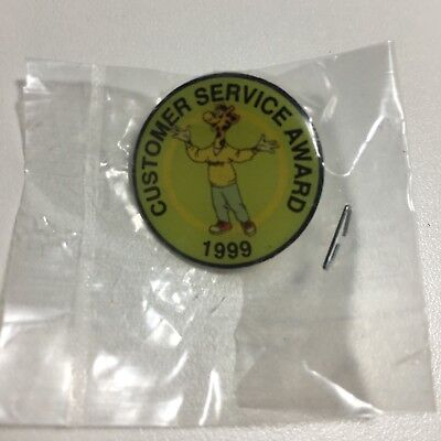 "Toys ""R"" Us 1999 Employee Customer Service Award Pin *New In Package*"