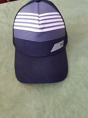 Youth Small Under Armour golf hat