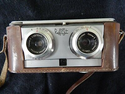 Vintage Realist 45 Stereo Lens 35mm Camera w/ bag and photoflash attachments