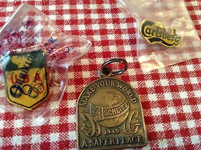 Presidents safety award schlitz beer key chain end numbered plus two misc pins
