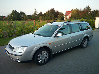 Ford Mondeo 1.8 Turnier Silber 125 PS