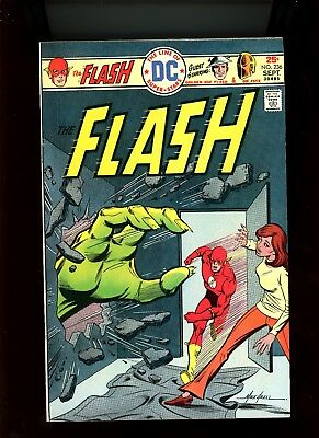 "1975 DC Comics ""The Flash"", # 236, Mike Grell cover, U-Pick - VF, BX55."