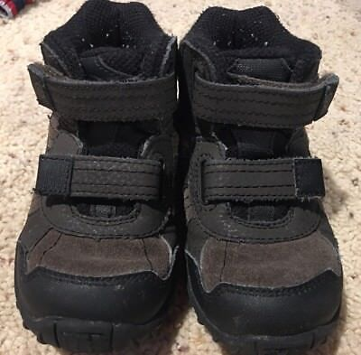 Boys Stride Rite Rugged Ritchie 2 Brown Hiking Boots Shoes Size 7.5W