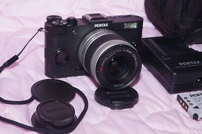Mirrorless Pentax Q-S1 BIG BARGAIN!! w/ 5-15 02 Zoom, Mint+Batt+Chrgr+Nice Bag!!