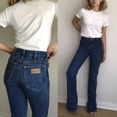 XS Vintage Wranglers, High Waist Faded Blue Long Straight Leg- Tall 25x34