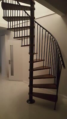 Near new spiral staircase and baulstrade